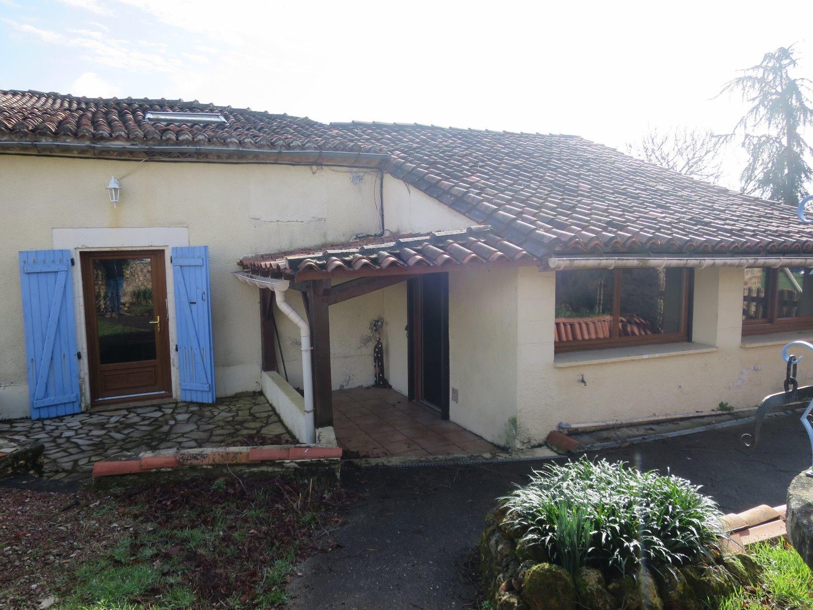 Offres de vente Maison Saint-Adjutory 16310